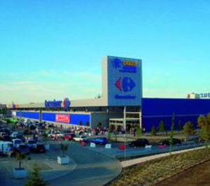 Carrefour prepara para Valencia su primera apertura de 2010