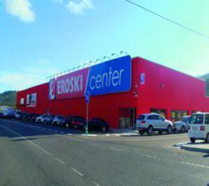 Eroski vende seis tiendas a grupo Eco Mora