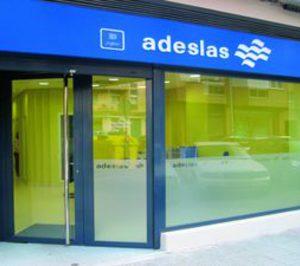 Criteria comunica a Competencia la compra de Adeslas