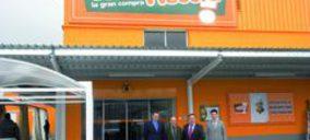 Vegalsa-Eroski abre un cash en Santiago y se acerca al liderato regional