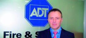 ADT ha conseguido combinar en un único dispositivo una etiqueta antihurto y un inlay de RFID