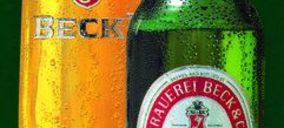 Ardagh fabrica una botella de vidrio ligera para Becks