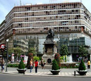 Una joven cadena sumará un nuevo 4E en una céntrica plaza de Granada
