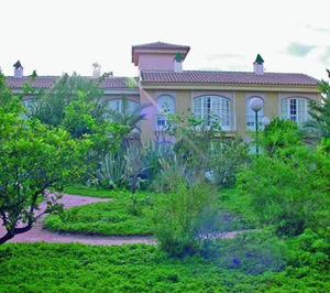 Casaverde compra cuatro de las residencias del grupo Doctor López Malla