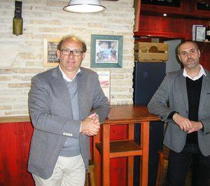 Rafael Ruiz y Juan Carlos Bernabéu (Taberna El Papelón): Nuestras aperturas van a ir en función de cuántos buenos franquiciados podamos encontrar