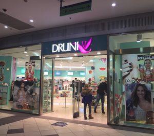 Druni reorganiza sus activos con  menos aperturas y más cierres