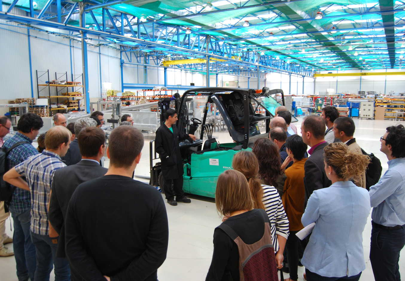Empresas vascas debaten nuevos modelos de negocio orientados al servicio en torno a la Industria 4.0