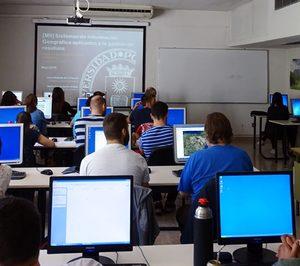 La Cátedra Ecoembes y PACKNET fomentan la incorporación de jóvenes estudiantes al mercado laboral