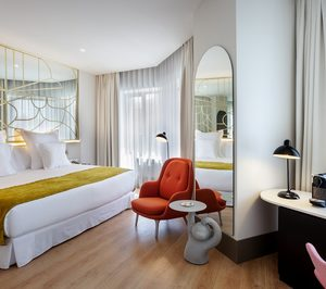 Barceló abre el hotel de la emblemática Torre de Madrid