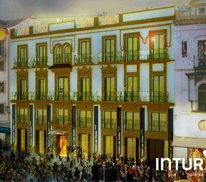 Intur debuta en Andalucía con un hotel en el centro de Sevilla