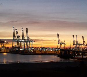 El puerto de Algeciras supera por primera vez los 100 Mt