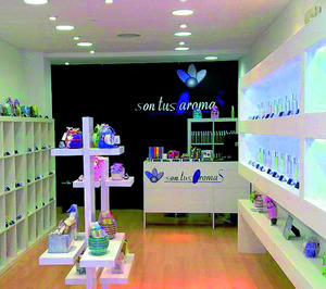 son tus Aromas reorganiza su red de tiendas