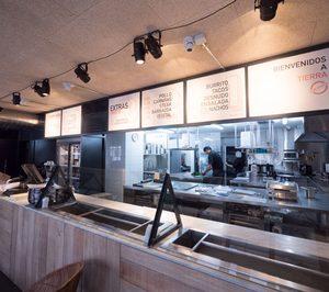 Tierra Burrito abre su sexto local en la ciudad de Madrid y prepara el primero fuera