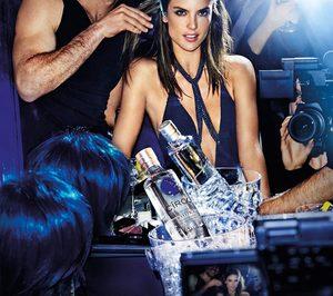 Diageo lanza campaña para Cîroc con Alessandra Ambrosio