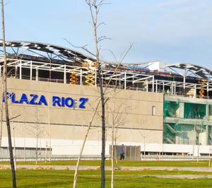 Varias tiendas de material y moda deportiva coincidirán en el Plaza Río 2