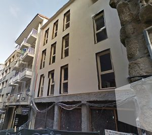 El propietario de un hostal en Ourense prepara la apertura de un hotel