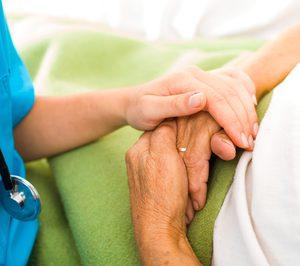 Barcelona pone en marcha una unidad de hospitalización parcial a domicilio