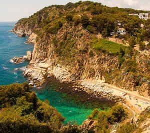 El Parlamento catalán se opone a la construcción de un puerto y un hotel de 5E en Tossa de Mar