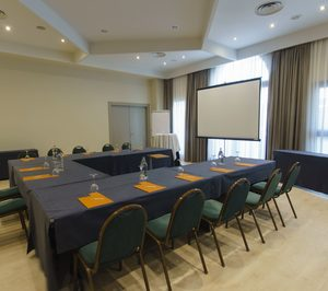 El hotel Silken Ciudad de Vitoria reforma sus salones