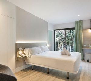 Acta inaugura su nuevo hotel de Barcelona