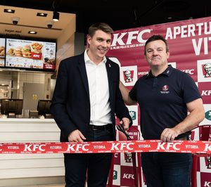 Restauravia-Amrest inaugura en Vitoria el KFC número 100 de España
