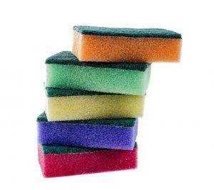 Útiles de Limpieza, un lineal con oferta diseminada y peso de marca
