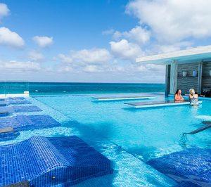 El Riu Palace Paradise Island, de Bahamas, reabre renovado como solo adultos