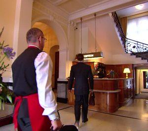 El salario medio de la hostelería creció ligeramente en 2016 hasta los 1.172 €