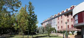 DomusVinegocia más compras y diseña un plan para construir siete residencias