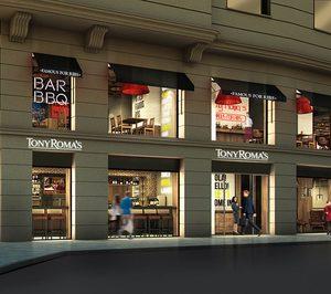 Tony Romas inaugura su local de 500 m2 y tres plantas de la Gran Vía madrileña