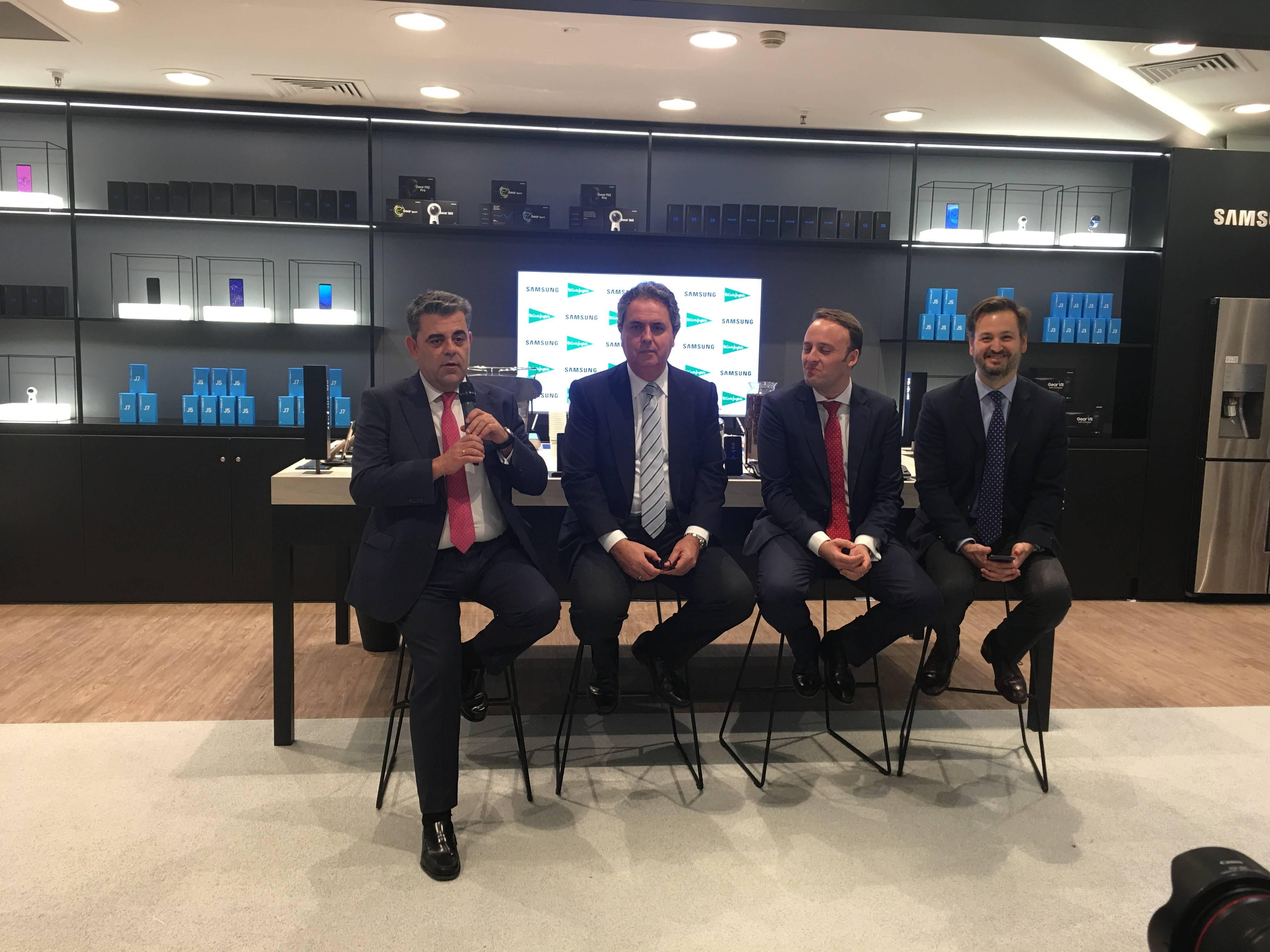 Samsung abre en El Corte Inglés de Callao su mayor tienda de España