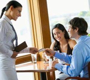 La tasa anual de empleo en hostelería aumentaba un 2,1% en octubre