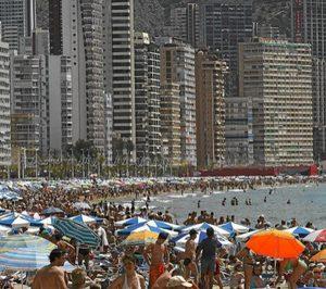 España recibe hasta noviembre 77,8 M de turistas, un 9,1% más