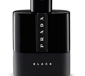 Puig pone en el mercado la fragancia Prada Black