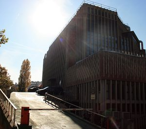 HM Hospitales entra en el capital de Centro Médico Delfos
