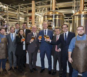 Heineken España entra en cervezas artesanas con La Fábrica Cruzcampo
