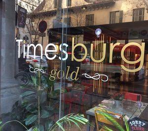 Timesburg reconvierte uno de sus restaurantes a un nuevo concepto con servicio a mesa