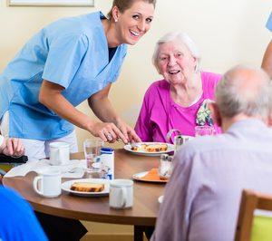Madrid licita el servicio de cafetería y comedor de ocho geriátricos