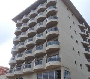 Elandis compra el Playa Miramar, su primer activo hotelero en España