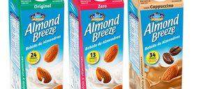 Almond Breeze estrena un nuevo packaging más práctico y reciclable