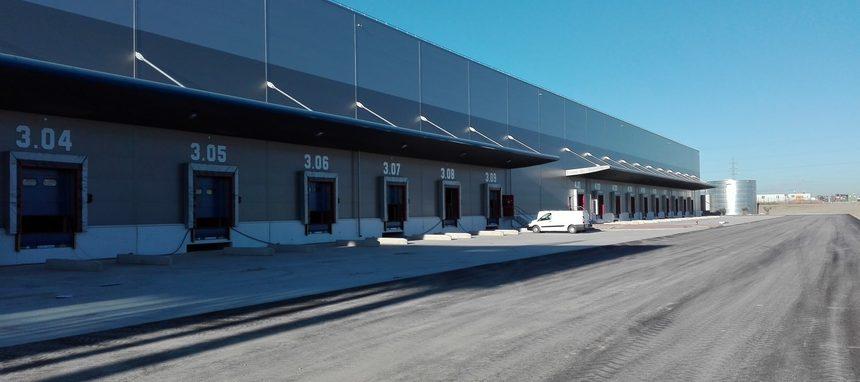 Rockwool aísla la nueva nave logística de FM Logistic en Toledo