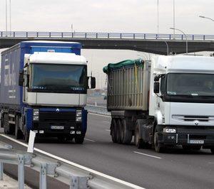 El transporte terrestre de mercancías crece por cuarto año en España