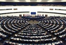 El Parlamento Europeo pide evitar una guerra comercial