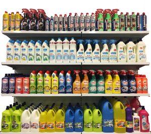 Quicesa apuesta por la marca propia en limpieza del hogar