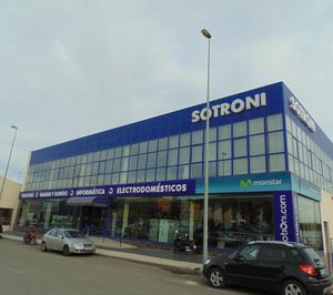 Sotroni se queda con una tienda