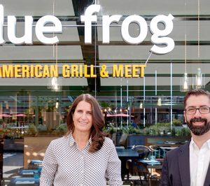 Angélica Rivera y Fernando Olivares (AmRest): Con 'Blue Frog' nos dirigimos a un cliente que quiere ir más allá de la cocina norteamericana conocida