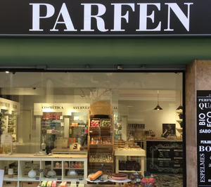 Parfen reduce su presencia en España
