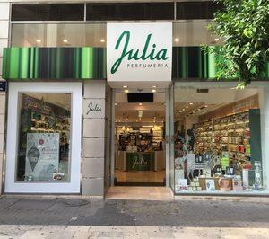 Perfumería Júlia y Grup Pyrénées firman un acuerdo de colaboración