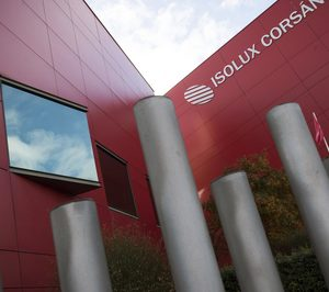 Isolux vende sus negocios de renovables y líneas eléctricas