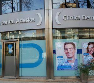 Adeslas Dental Establecimientos De Sanidad En Alimarket